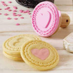 Picture of 3 Pec Set Scalloped Edge Cookies Cutter