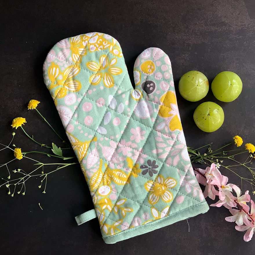 Picture of Oven Gloves
