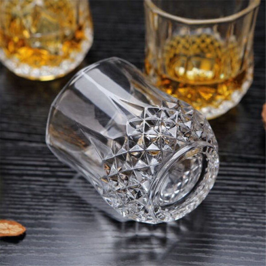 Picture of Crystal Diamond Design Glass Set for Water, Juice, Beer, Wine and All Cocktails (Set of 6, 250ml)